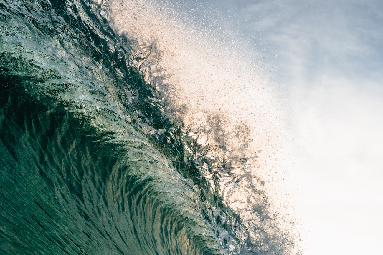 【夢占い】海に関する夢の7つの意味とは?